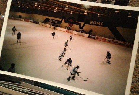 I'm in the centre of the image, in my first season of hockey, playing for the Simon's Valley XTREME. (Oh yes.)
